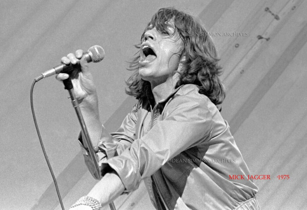 """MICK JAGGER ,THOSE FAMOUS LIPS FLAPPING, ON THE STONES 1975  """"TOUR OF THE AMERICAS"""" WORLD TOUR COMING THROUGH MILWAUKEE ON JUNE 8TH, 1975."""